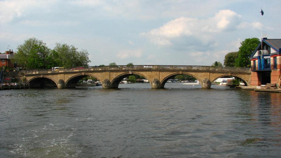 Henley_Bridge
